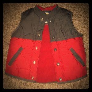 Oshkosh Vest Size 4 red and gray